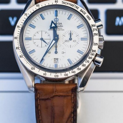 Review Replica Omega Speedmaster Broad Arrow Automatic 178.0022 With A Date Aperture At 6 o'clock