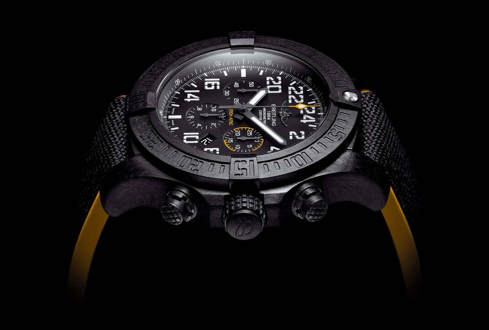 A Detail Look : Breitling Avenger Hurricane Replica Watch