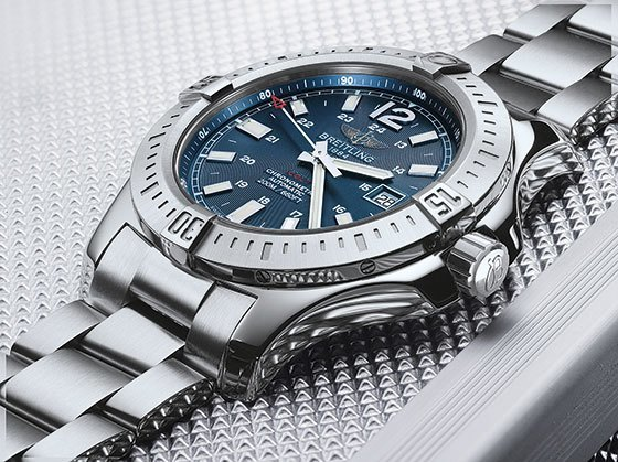 Reviewing The New-Look Breitling Colt Men's Replica